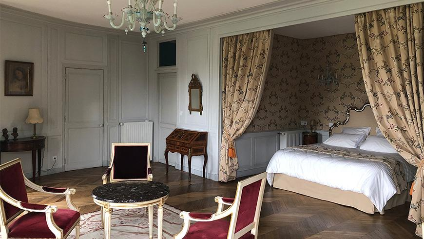 castel-saint-leonard-chambre-hotes-rotonde-870x490.jpg