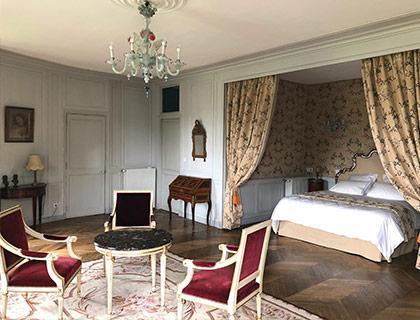 castel-saint-leonard-chambre-hotes-rotonde-420x320.jpg