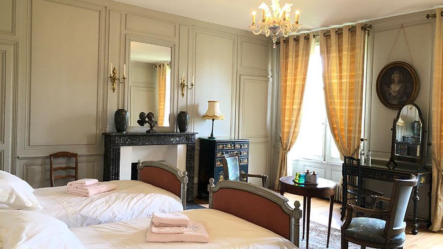 castel-saint-leonard-chambre-hotes-marquis-lits-double.jpg